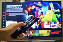 Transform old TV to smart one